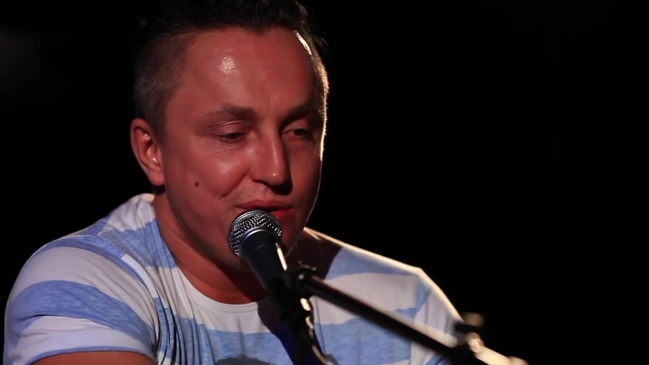 lizanie-yazikom-video